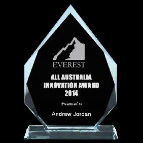 Glass Award 1334-3 - Trophy Land