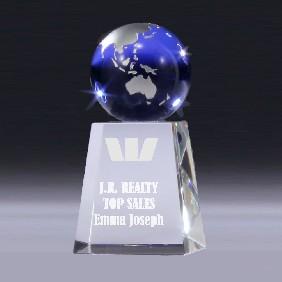 Crystal Award BG122 - Trophy Land