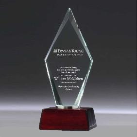 Glass Award CG624 - Trophy Land