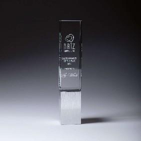 Glass Award CG943 - Trophy Land