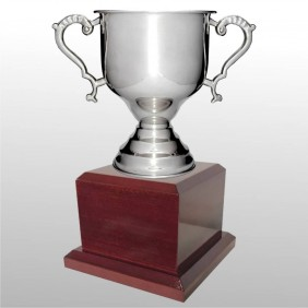 Classic Silver Cups MT201-33 - Trophy Land