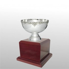 Classic Silver Cups MT300-19 - Trophy Land