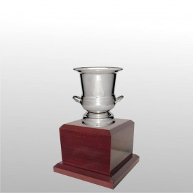 Classic Silver Cups MT500-18 - Trophy Land