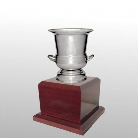 Classic Silver Cups MT500-23 - Trophy Land