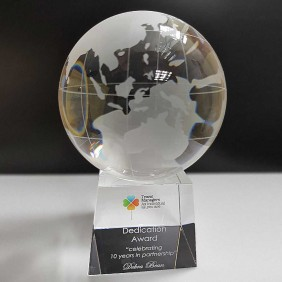 Corporate Awards Gallery Travel Managers Globe - Trophy Land